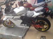 摩托车跑车