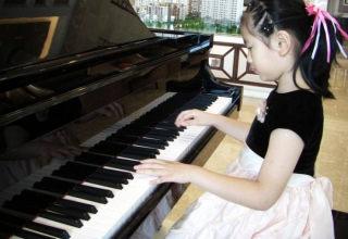 我校钢琴教师参加全区中小学幼儿园音乐教师培训