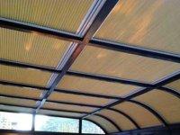 大堂大面积玻璃幕墙常用遮阳产品电动卷帘