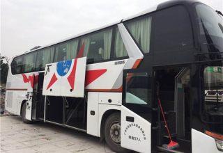 广州租57座大金龙客车