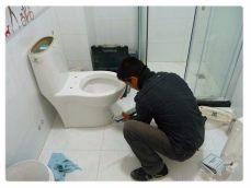 增城新塘凤凰城通厕所 凤凰城通下水管道 更换马桶水箱