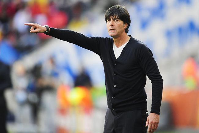 勒夫怒斥闹事球迷:让德国蒙羞 简直是毁坏足球