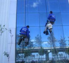 浦东玻璃外墙清洗