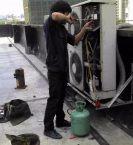 哈尔滨三星空调售后-空调一不制冷就让你加氟?