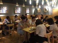 拥有身家40亿的赵薇,是怎么开中餐厅的?