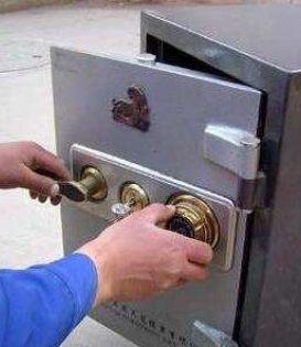 专业开保险柜锁服务