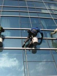 外檐玻璃幕清洗