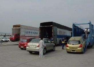 两节车厢回归 国内首批中置轴货车正式投入使用