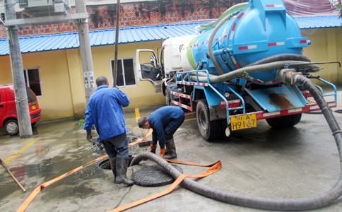 官园附近罐车抽污水罐车抽泥浆135-2225-4812
