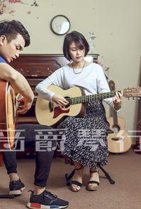 龙华吉他培训来音爵琴行,专注乐器培训 可免费体验