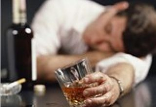酒精依赖症威胁着你的神经系统