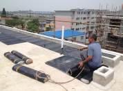防水补漏工人