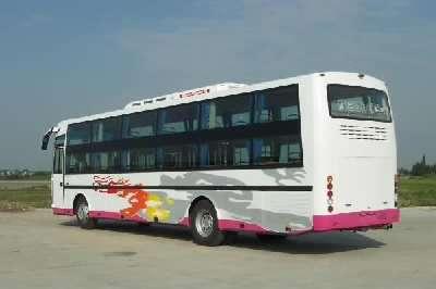 东莞到青岛黄岛客车13928744443
