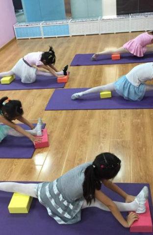 北京先艺方庄成人民族舞少儿舞蹈考级培训班