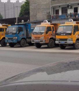 承接建筑垃圾清运,装修垃圾清运,垃圾清运。