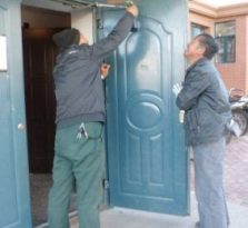 安全防盗门装修服务