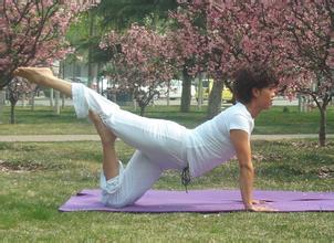 瑜伽体式大全-瑜伽蜻蜓式图片