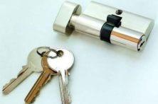 智能锁引领智能门锁双重防盗新标准