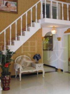 美容院楼梯间装修