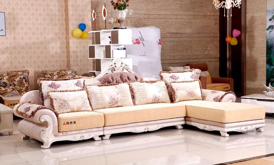 成都      产品运费:自付      安装:摆放沙发即可      免洗欧式布艺