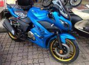 摩托车机车
