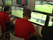 世界杯裁判接受视频辅助培训