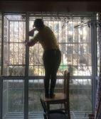 西罗园二区开荒保洁专业擦玻璃